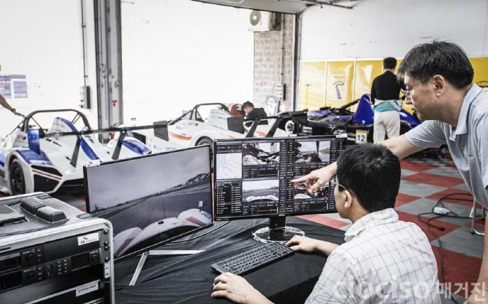 900SKT-삼성전자와 차세대5G로 시속210km 레이싱 생중계 성공_2.jpg
